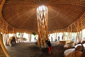 INDONESIA: BALI: JOHN & CYNTHIA HARDY- THE GREENEST SCHOOL ON EARTH 2