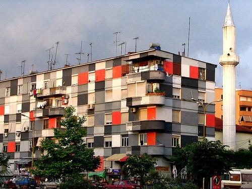 01 DESIGN IS POLITICS IS DESIGN (1) ALBANIA- EDI RAMA (2000-2011)