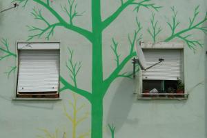 08 DESIGN IS POLITICS IS DESIGN (1) ALBANIA- EDI RAMA (2000-2011)